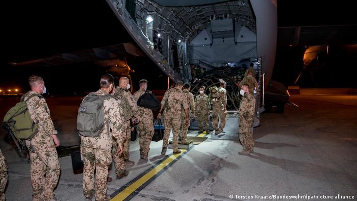 Τέλος στη γερμανική αποστολή στο Αφγανιστάν | tovima.gr