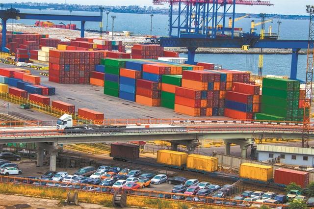 Αλμα εξαγωγών και βιομηχανικής παραγωγής | tovima.gr