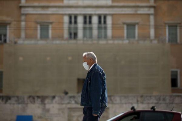 Προνόμια: Έτσι θα πιεστούν οι ηλικιωμένοι για να κάνουν το εμβόλιο   tovima.gr