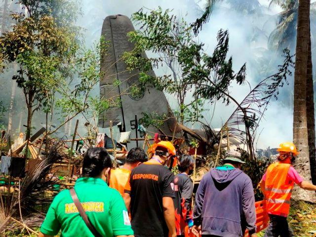 Φιλιππίνες: 29 οι νεκροί από τη συντριβή του στρατιωτικού αεροσκάφους | tovima.gr
