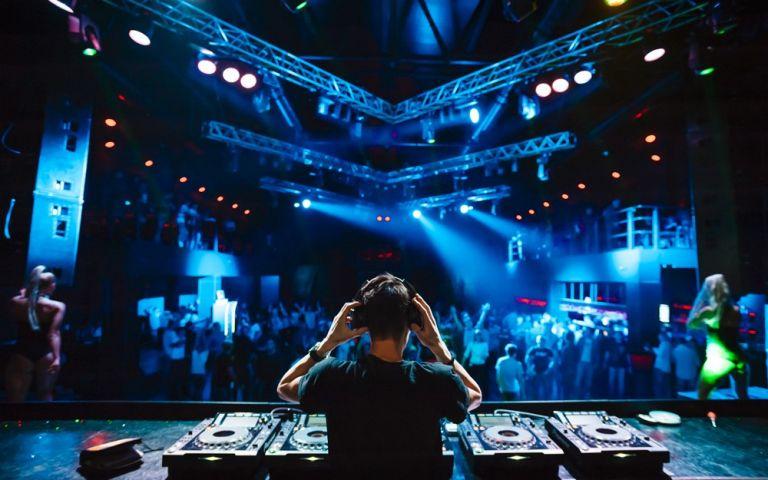 Το clubbing επιστρέφει | tovima.gr
