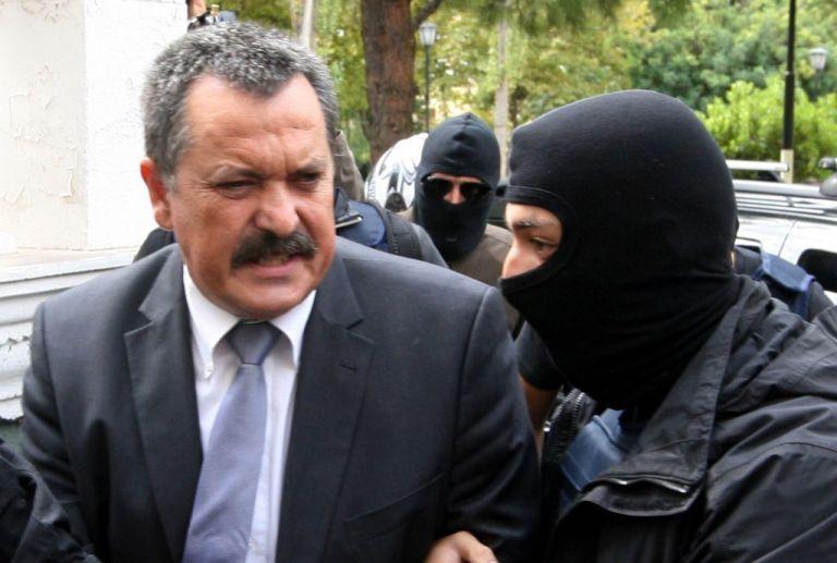 Δικηγόρος Χρ. Παππά: Δεν θα έχει επιπλέον ποινή επειδή διέφευγε της σύλληψης   tovima.gr