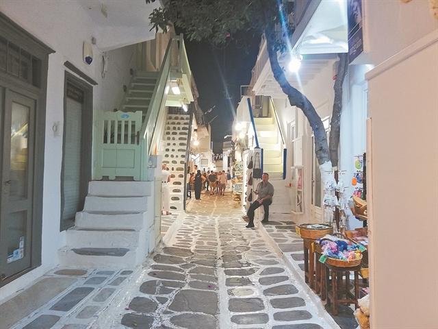 Οι Mykonian λογαριασμοί φέρνουν… ζάλη! | tovima.gr
