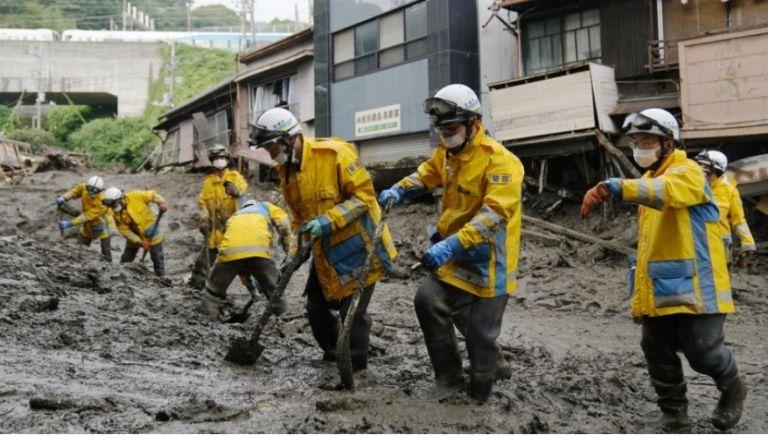 Ιαπωνία: Τέσσερις νεκροί και 64 αγνοούμενοι από γιγαντιαία κατολίσθηση λάσπης | tovima.gr