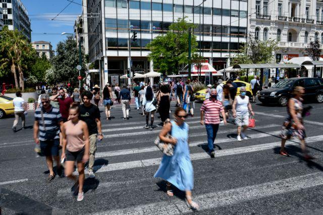 Παπαευαγγέλου: Να παραμείνει η μάσκα όπου υπάρχει συνωστισμός – Ανοιχτό το ενδεχόμενο νέων μέτρων | tovima.gr