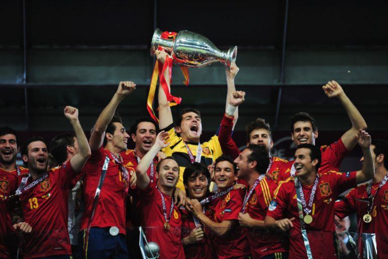 Όταν η dream team της Ισπανίας έκανε… πλάκα στην Ιταλία στον τελικό του 2012   tovima.gr