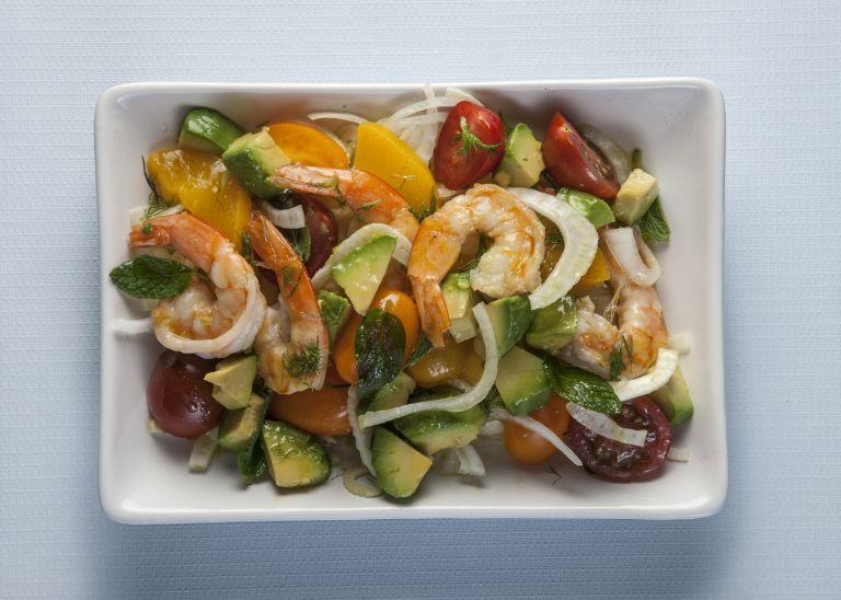 Σαλάτα με γαρίδες και μαραθόριζα | tovima.gr
