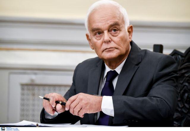 Μανιτάκης: Συνταγματική η αναστολή εργασίας για τους αρνητές των εμβολίων | tovima.gr