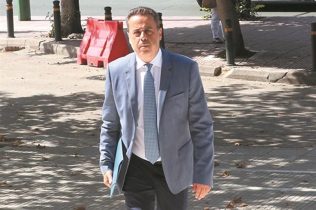 Πώς στήθηκε η σκευωρία κατά του Σταύρου Παπασταύρου   tovima.gr