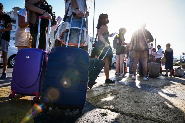 ΚΥΑ: Υποχρεωτικό μοριακό, rapid ή self test για επιστροφή με πλοίο από τα νησιά | tovima.gr