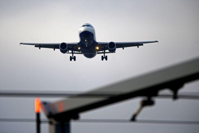 Αναγκαστική προσγείωση Boeing που πετούσε από την Τουρκία προς τη Ρωσία | tovima.gr