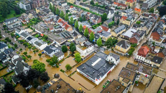 Ολλανδία: Σε κατάσταση εθνικής ανάγκης λόγω πλημμυρών | tovima.gr
