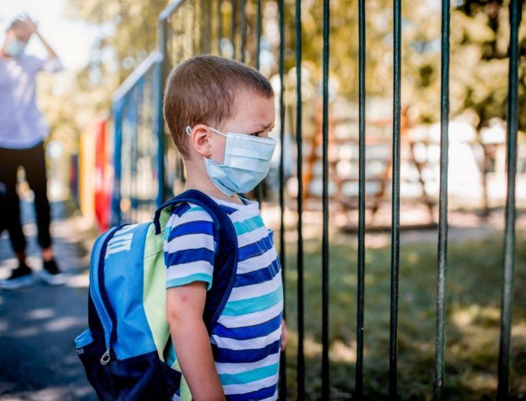 Μανωλόπουλος – κορωνοϊός: Μακράς διάρκειας νόσηση απειλεί τα παιδιά | tovima.gr