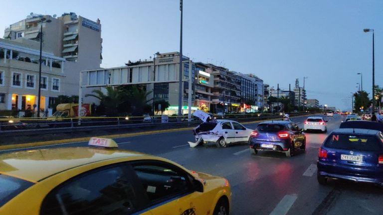 Τροχαίο στην άνοδο της Συγγρού με δύο τραυματίες   tovima.gr