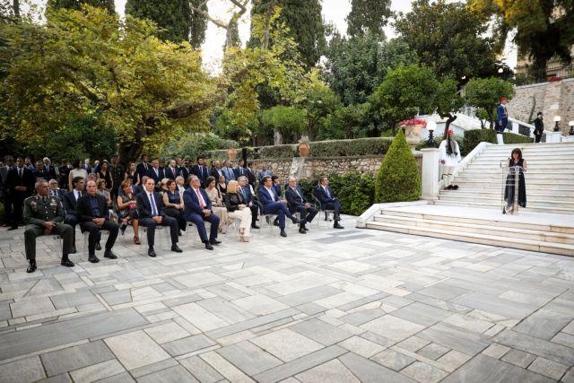 Γιορτή στο Προεδρικό για την αποκατάσταση της Δημοκρατίας – Οι καλεσμένοι, τα μέτρα   tovima.gr