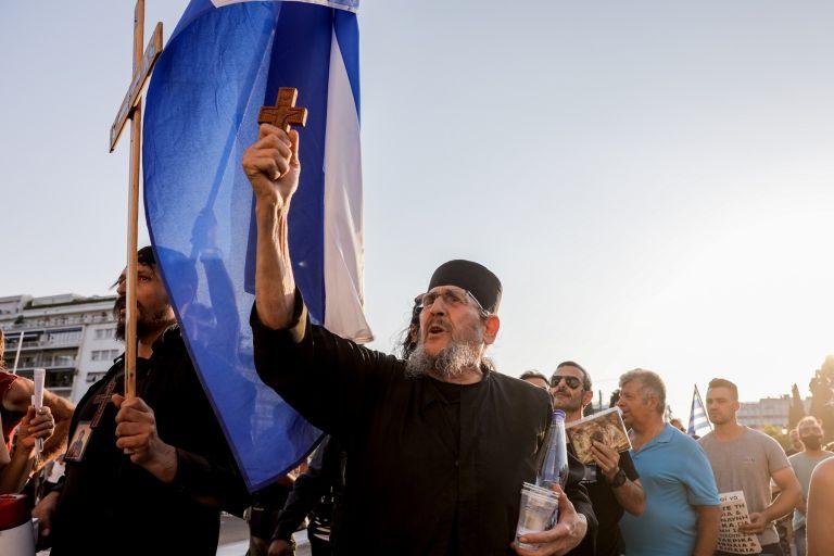 Editorial: Combating the circle of backwardness | tovima.gr