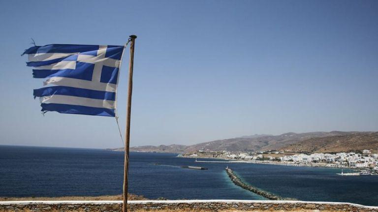 «Ναυμαχίες» με φόντο ογκώδη yachts   tovima.gr