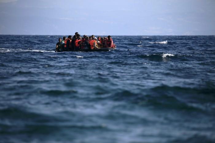 Τουρκία: Βυθίστηκε πλοιάριο με 45 μετανάστες   tovima.gr