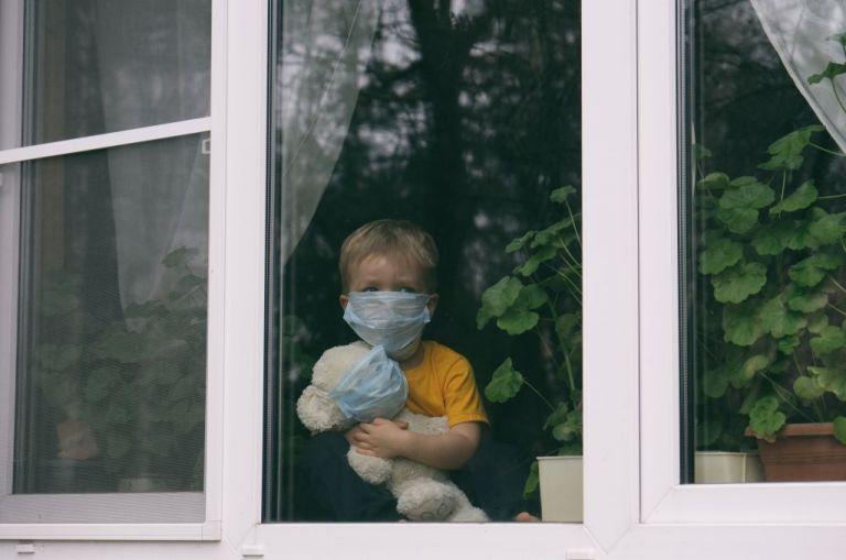 Παιδί με κορωνοϊό: Νέα έρευνα – Τι πρέπει να προσέξει η οικογένεια   tovima.gr