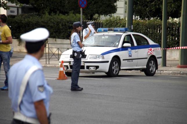 Οδηγός χτύπησε 21χρονο και τον εγκατέλειψε στην Ποσειδώνος   tovima.gr