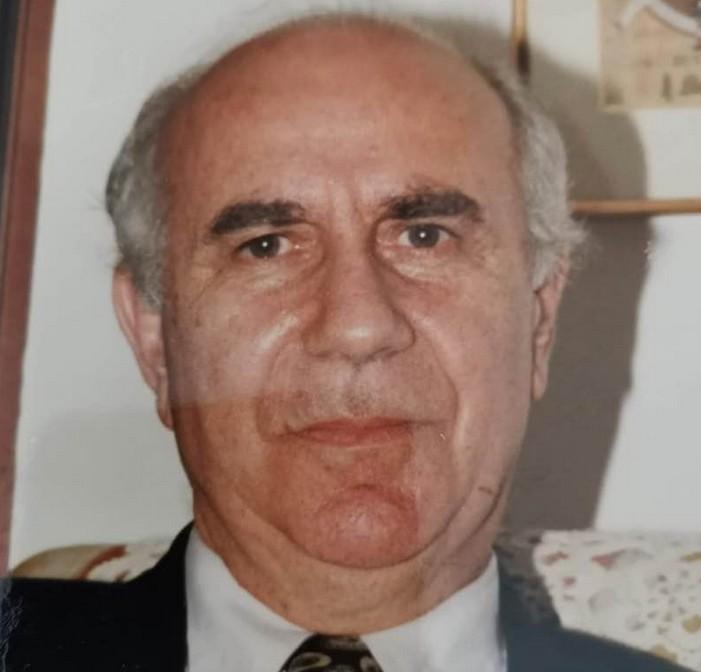 Έφυγε από τη ζωή ο αθλητικογράφος Γιάννης Λογοθέτης | tovima.gr