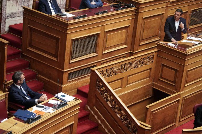 Εκπαιδευτικό νομοσχέδιο: «Μάχη» Μητσοτάκη – Τσίπρα στη Βουλή   tovima.gr