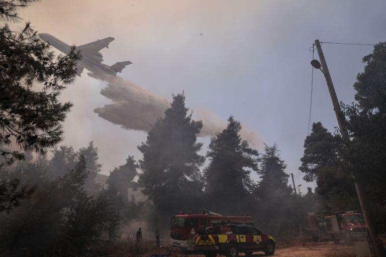 Φωτιά στη Σταμάτα: Επικίνδυνες οι επόμενες ώρες σύμφωνα με το meteo – Ενισχύονται οι άνεμοι   tovima.gr