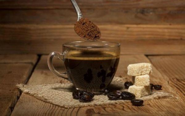 Οι κίνδυνοι της υπερβολικής κατανάλωσης καφεΐνης | tovima.gr