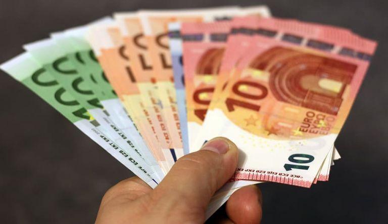 Αναδρομικά: Σήμερα πληρώνονται οι «νέοι» συνταξιούχοι του Δημοσίου   tovima.gr