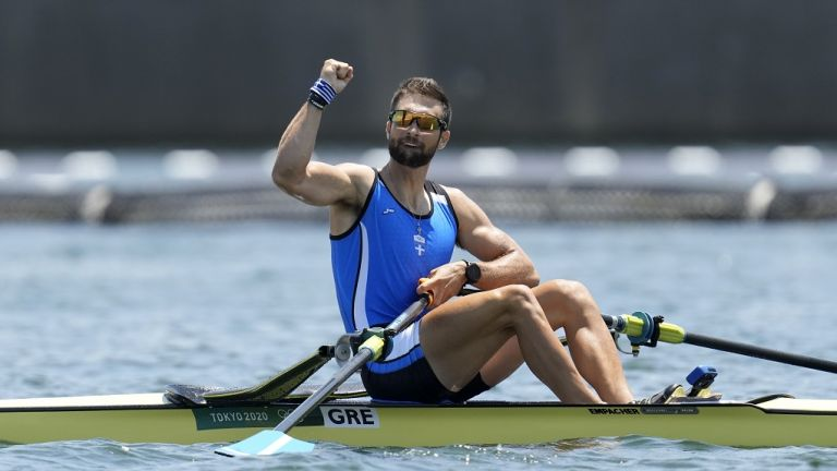 Greece's Stefanos Ntouskos in upset clinches rowing gold medal, breaking Olympics record | tovima.gr