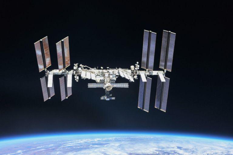 Σοβαρό ατύχημα άφησε εκτός ελέγχου για μια ώρα τον Διεθνή Διαστημικό Σταθμό | tovima.gr
