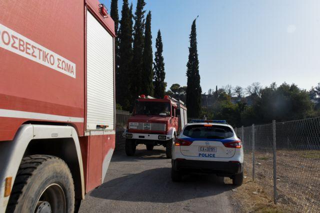 Φωτιά στην Αχαΐα – Παραμένουν κλειστές παλαιά και νέα Εθνική Οδός Πατρών–Κορίνθου | tovima.gr