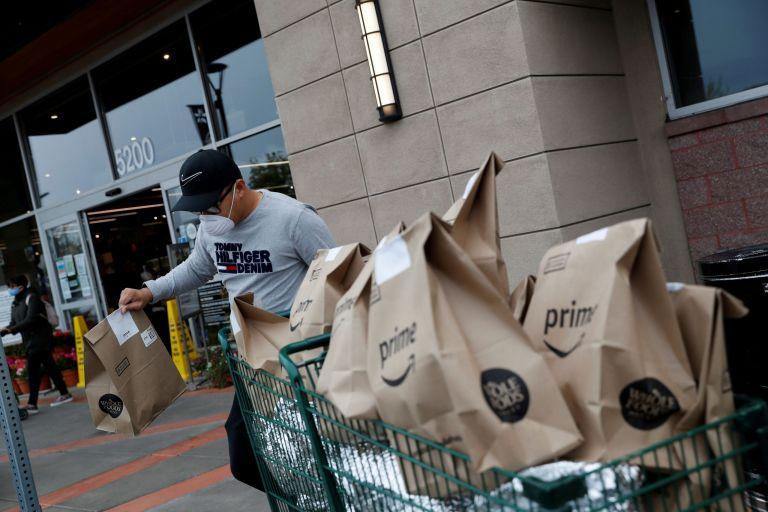 Amazon – «Ασφυξία» λόγω έλλειψης αποθηκευτικών χώρων και εργαζομένων | tovima.gr