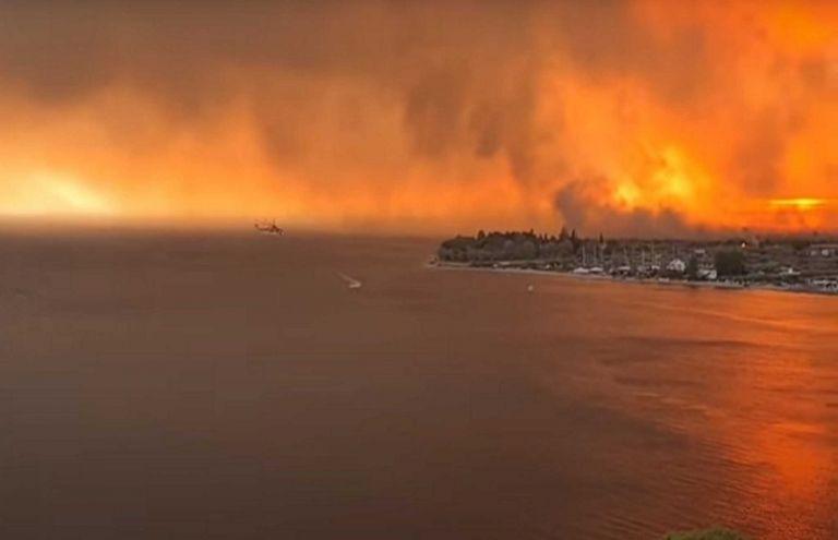 Φωτιά στην Εύβοια – Εικόνες «Αποκάλυψης» – Καίγονται οικισμοί γύρω από τη Λίμνη   tovima.gr