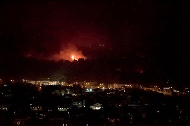 Φωτιά στη Βαρυμπόμπη – Γιατί βγήκε εκτός ελέγχου η πυρκαγιά – Τι λέει ο Ευθύμης Λέκκας | tovima.gr