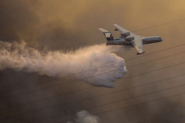 Φωτιές – Δεύτερο Beriev ζητά από τη Ρωσία η Αθήνα – Συνδρομή και από χώρες της ΕΕ | tovima.gr