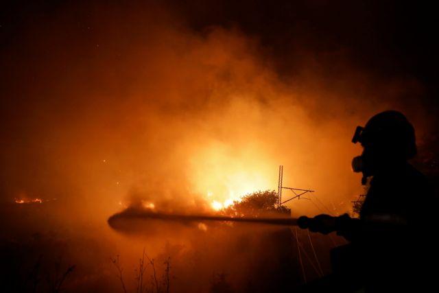 Φωτιά στην Αττική – Η φωτιά έχει κυκλώσει το χωριό των Αφιδνών | tovima.gr