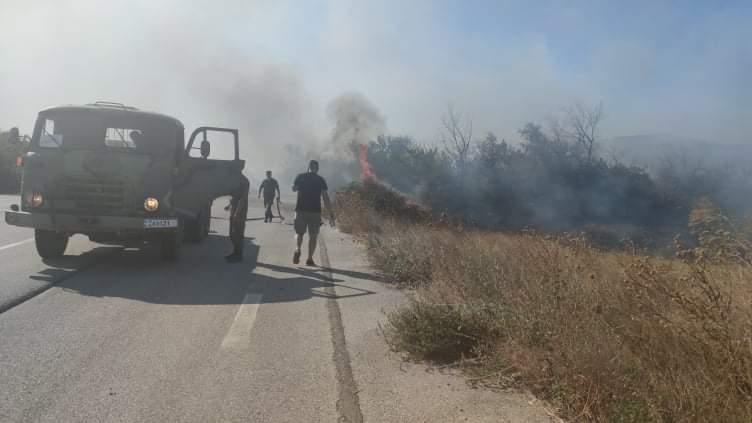 Ο στρατός στη μάχη με τις φωτιές – Συνεχείς περιπολίες από ξηρά και επιτήρηση με drones από αέρος   tovima.gr