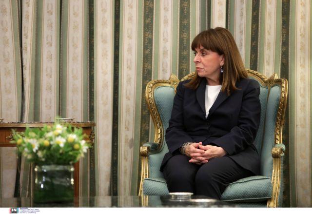 Επιστρέφει από τη Νάξο η Πρόεδρος της Δημοκρατίας   tovima.gr
