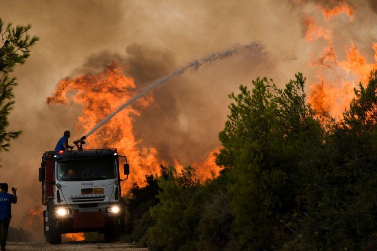 Χαρδαλιάς – 154 πυρκαγιές συνολικά σήμερα – Πάνω από 60 ενεργά μέτωπα – Τα πιο δύσκολα σημεία | tovima.gr