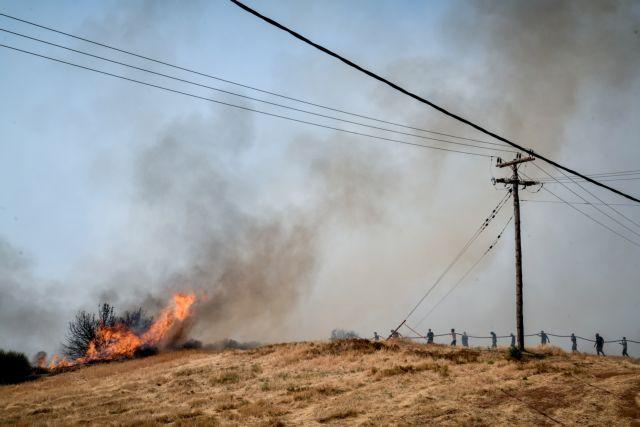 Φωτιά στην Αττική: Προς Πετρούπολη η φωτιά από τα Ανω Λιόσια   tovima.gr