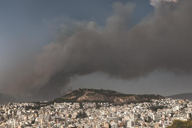 «Επνιξαν» την Αττική τα αιωρούμενα σωματίδια | tovima.gr