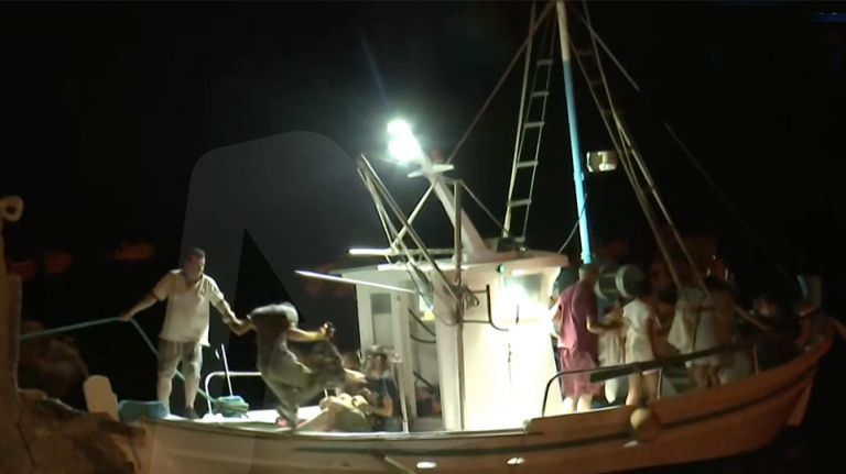 Φωτιά στην Εύβοια – Απεγκλωβίστηκαν διά θαλάσσης πάνω από 200 άτομα στην Αγία Άννα – Εκκενώθηκε και η Στροφυλιά   tovima.gr