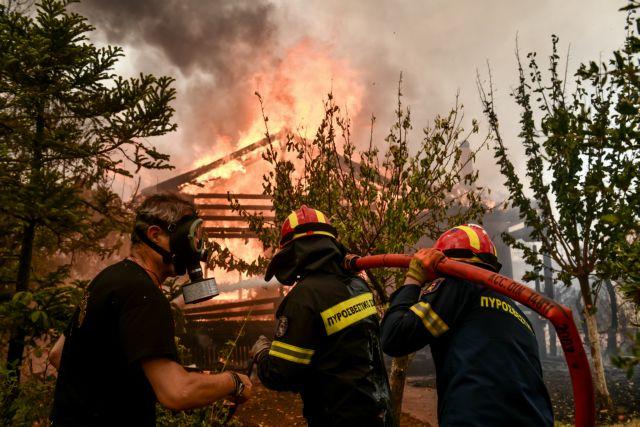 Φωτιές στην Αττική – «Χάνεται» η μάχη για τον Άγιο Στέφανο – Στα πρώτα σπίτια στο Πευκόφυτο οι φλόγες   tovima.gr