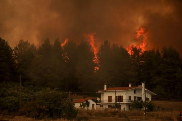 Φωτιές στην Εύβοια – Εφιάλτης δίχως τέλος με συνεχείς αναζωπυρώσεις – Μάχη για να μην περάσει η φωτιά το Καντήλι   tovima.gr