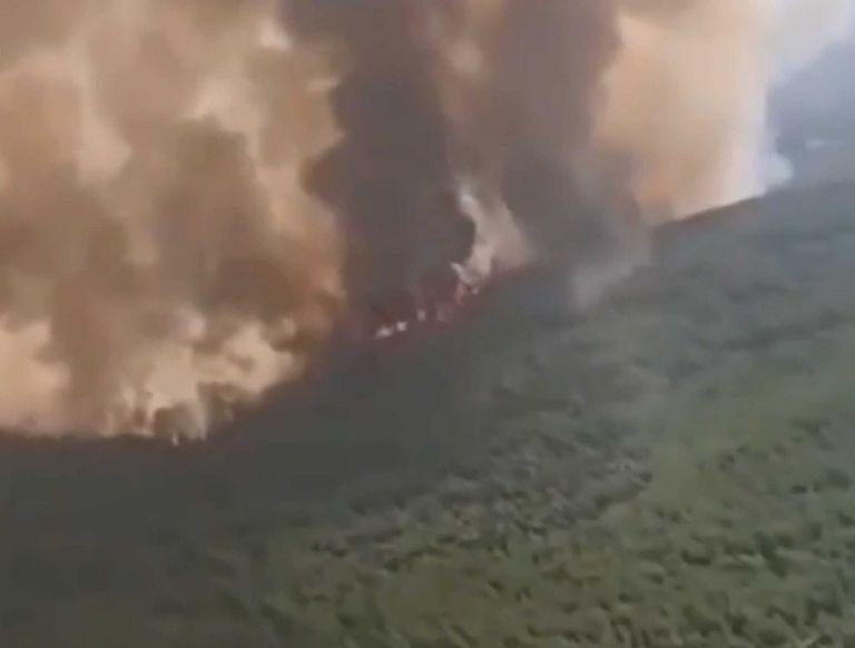 Φωτιά στην Εύβοια – Συγκλονιστικό βίντεο από πιλοτήριο Canadair | tovima.gr