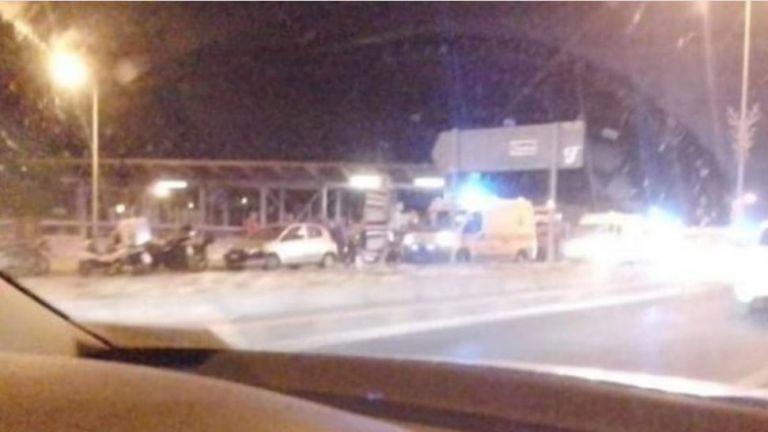 Σοβαρό τροχαίο στην Παλλήνη – ΙΧ έπεσε σε στάση λεωφορείου – Αναφορές για τραυματίες | tovima.gr