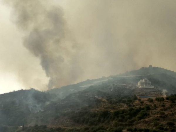 Φωτιά στη Μάνη – Εικόνες «Αποκάλυψης» από το πύρινο μέτωπο   tovima.gr