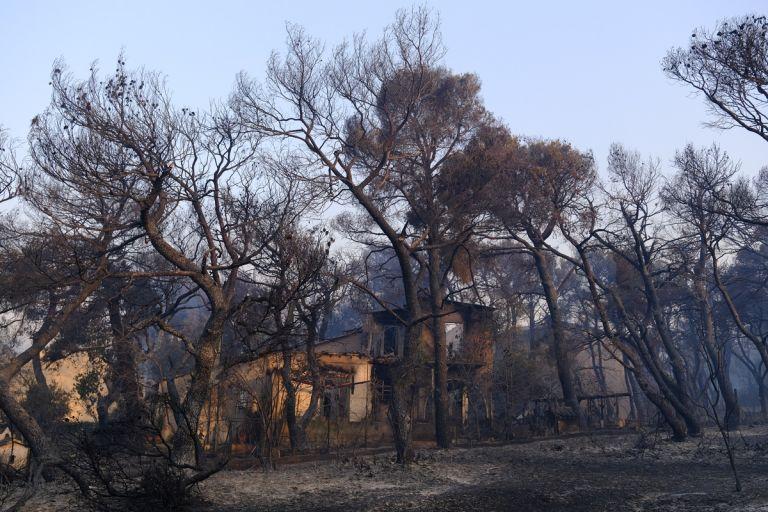Φωτιά στην Αττική – Συγκλονίζει ο πατέρας των εθελοντών   tovima.gr