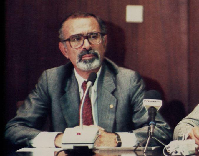 Έφυγε από τη ζωή ο πρώην υπουργός και βουλευτής Άγγελος Μπρατάκος | tovima.gr